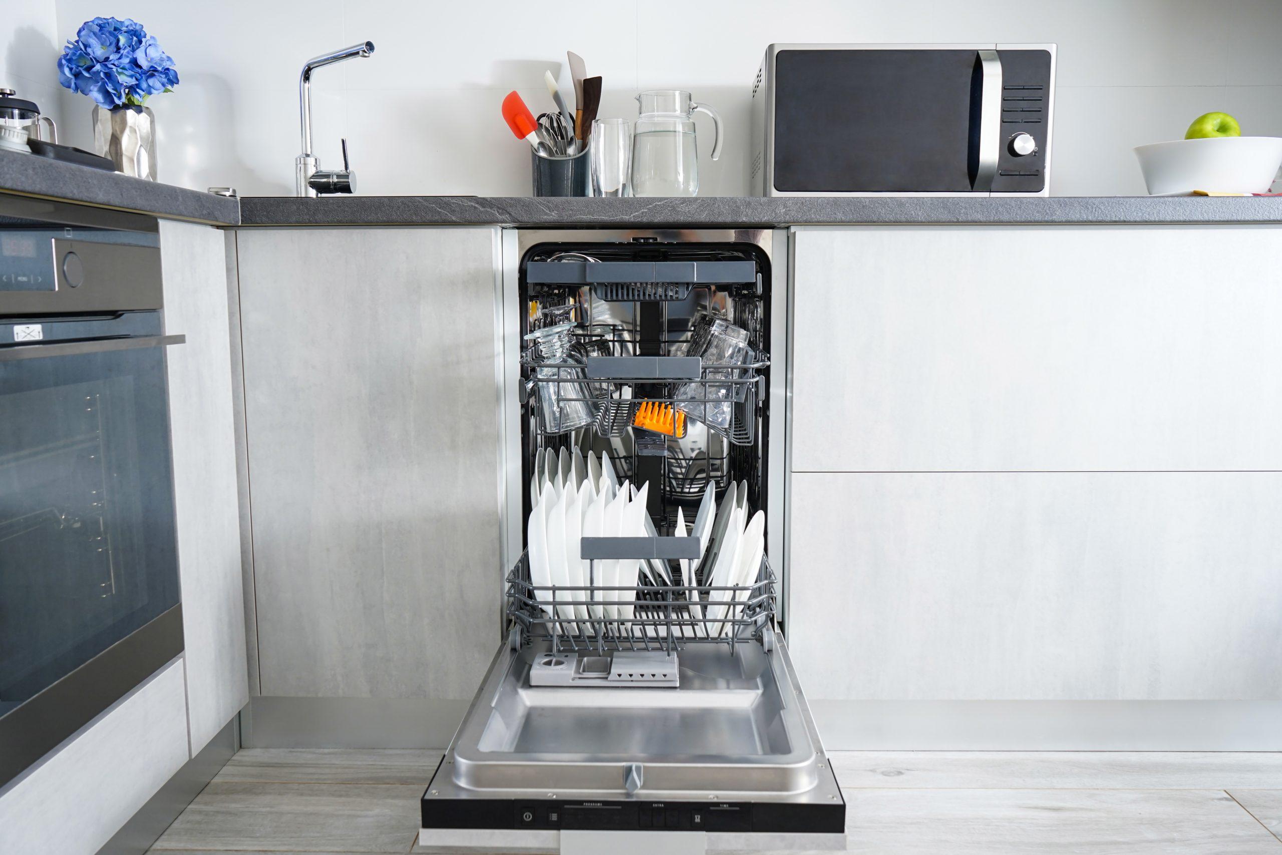 lave-verre professionnel dans votre cuisine